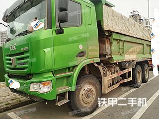 聯合卡車6X4工程自卸車實拍圖片