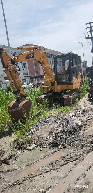 浙江-宁波市二手雷沃重工FR60-8挖掘机实拍照片