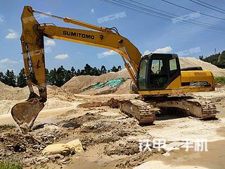 住友SH240-5挖掘机实拍图片