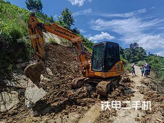 贵州-黔南布依族苗族自治州二手龙工LG6060D挖掘机实拍照片