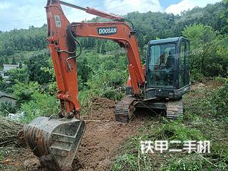 斗山DH60-7挖掘機實拍圖片