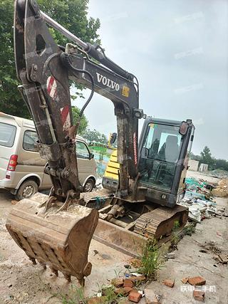 陕西-西安市二手沃尔沃EC60C挖掘机实拍照片