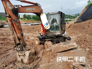 斗山DX60W挖掘機實拍圖片