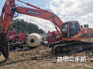 濰坊斗山DH220LC-7挖掘機實拍圖片