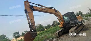 現代R215-7C挖掘機實拍圖片
