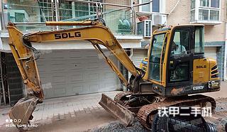 山東臨工E655F挖掘機實拍圖片