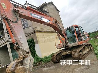 安徽-阜阳市二手斗山DH215-9E挖掘机实拍照片