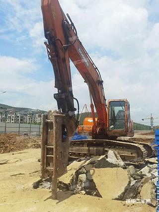 徐州斗山DH220LC-7挖掘機實拍圖片