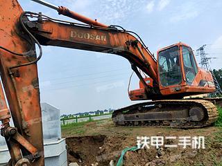 邢臺斗山DH225LC-7挖掘機實拍圖片