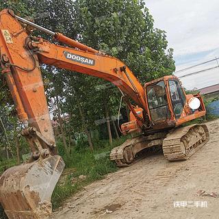 徐州斗山DH215-7挖掘機實拍圖片
