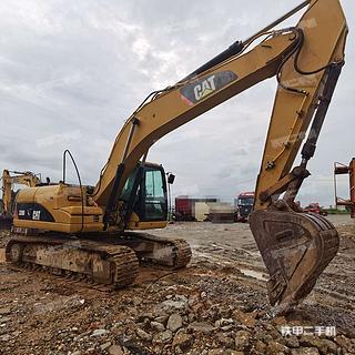 卡特彼勒320D液壓挖掘機實拍圖片