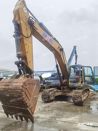 徐工XE370D挖掘機實拍圖片
