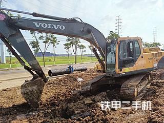 沃爾沃EC200B挖掘機實拍圖片