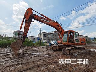 斗山DH220LC-7挖掘機實拍圖片