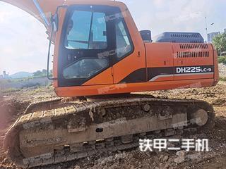 斗山DH225LC-9挖掘機實拍圖片