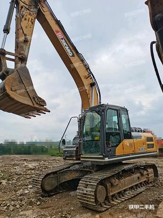 贵州-黔南布依族苗族自治州二手徐工XE215DA挖掘机实拍照片