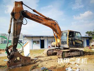 現代R215-9C挖掘機實拍圖片