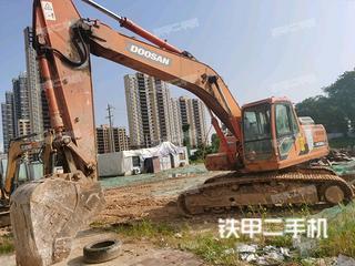 斗山DH220LC-9E挖掘機實拍圖片