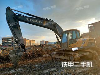 沃爾沃EC220D挖掘機實拍圖片
