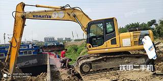江苏-泰州市二手小松PC200-8挖掘机实拍照片