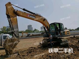 徐工XE200DA挖掘機實拍圖片