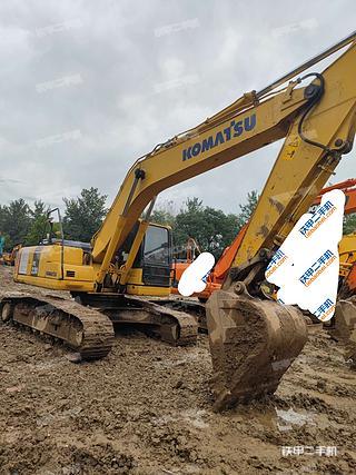 北京小松PC220-8M0挖掘機實拍圖片