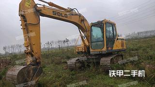 山东临工E6135F挖掘机实拍图片