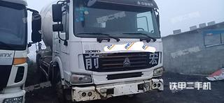连云港中国重汽ZZ5255GJBN4346C1搅拌运输车实拍图片