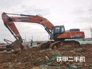 斗山DX500LC-9C挖掘机实拍图片