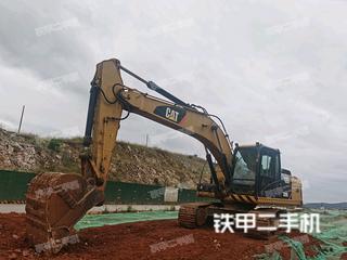 卡特彼勒320D2L液压挖掘机实拍图片