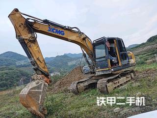 徐工XE135D挖掘機實拍圖片