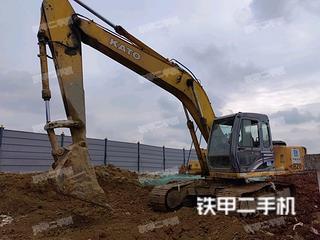 加藤HD820R挖掘机实拍图片