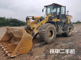山东临工L955装载机实拍图片