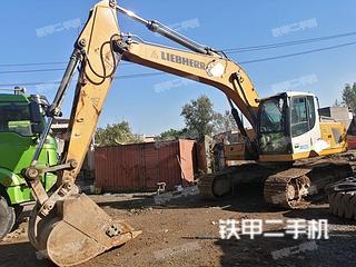 利勃海尔R922LC挖掘机实拍图片
