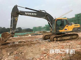 沃爾沃EC200D挖掘機實拍圖片