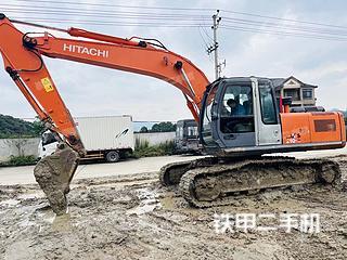 日立ZX210H-3G挖掘机实拍图片