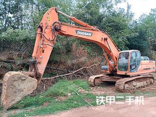 斗山DX350LC挖掘机实拍图片