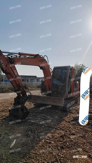 天津日立ZX60挖掘机实拍图片
