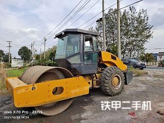 江苏-泰州市二手柳工CLG622D压路机实拍照片