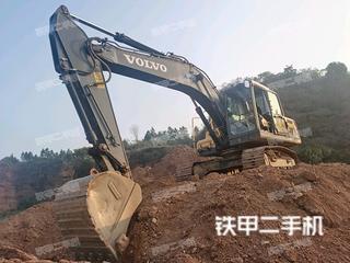 沃尔沃EC210D挖掘机实拍图片