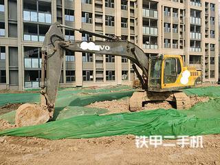宿迁沃尔沃EC200B挖掘机实拍图片