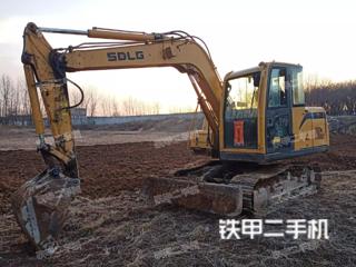 山東臨工E680F挖掘機實拍圖片