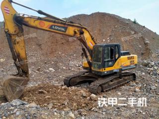 雷沃重工FR260E挖掘机实拍图片