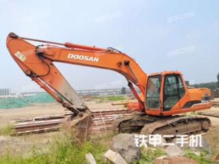 保定斗山DH215-7挖掘機實拍圖片
